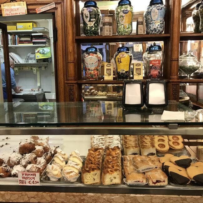 Venetian Steps-Marian Muilerman-Christina Gottardi-Venezia-Venice-Italy-Italia-Tour Leader-Accompagnatrice Turistica-Netherlands-Turism-Turismo-Web-Design-Eva-Basso-Digital-Media_Specialist-Curator-Art-Arte-Food-Cibo-Italiano-Italiana-Local-Venetie-Venice-Guide